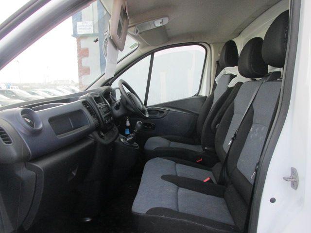 2016 Vauxhall Vivaro 2900 L2H1 CDTI P/V (162D25632) Image 10
