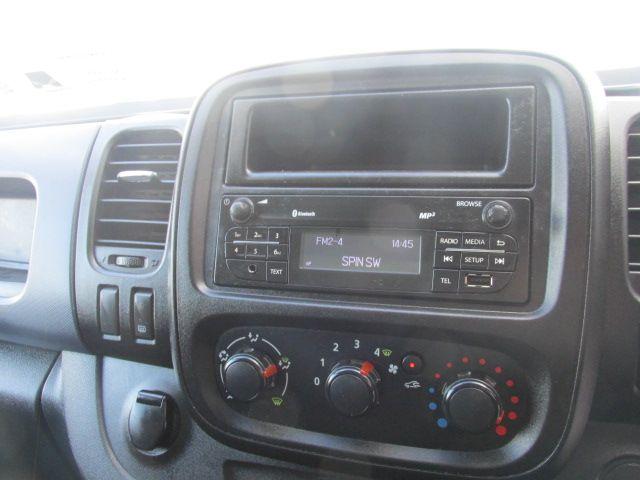 2016 Vauxhall Vivaro 2900 L2H1 CDTI P/V (162D25632) Image 14