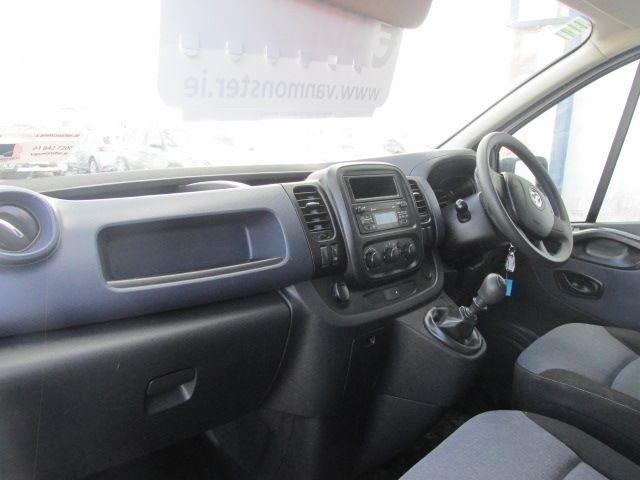 2016 Vauxhall Vivaro 2900 L2H1 CDTI P/V (162D25632) Image 11