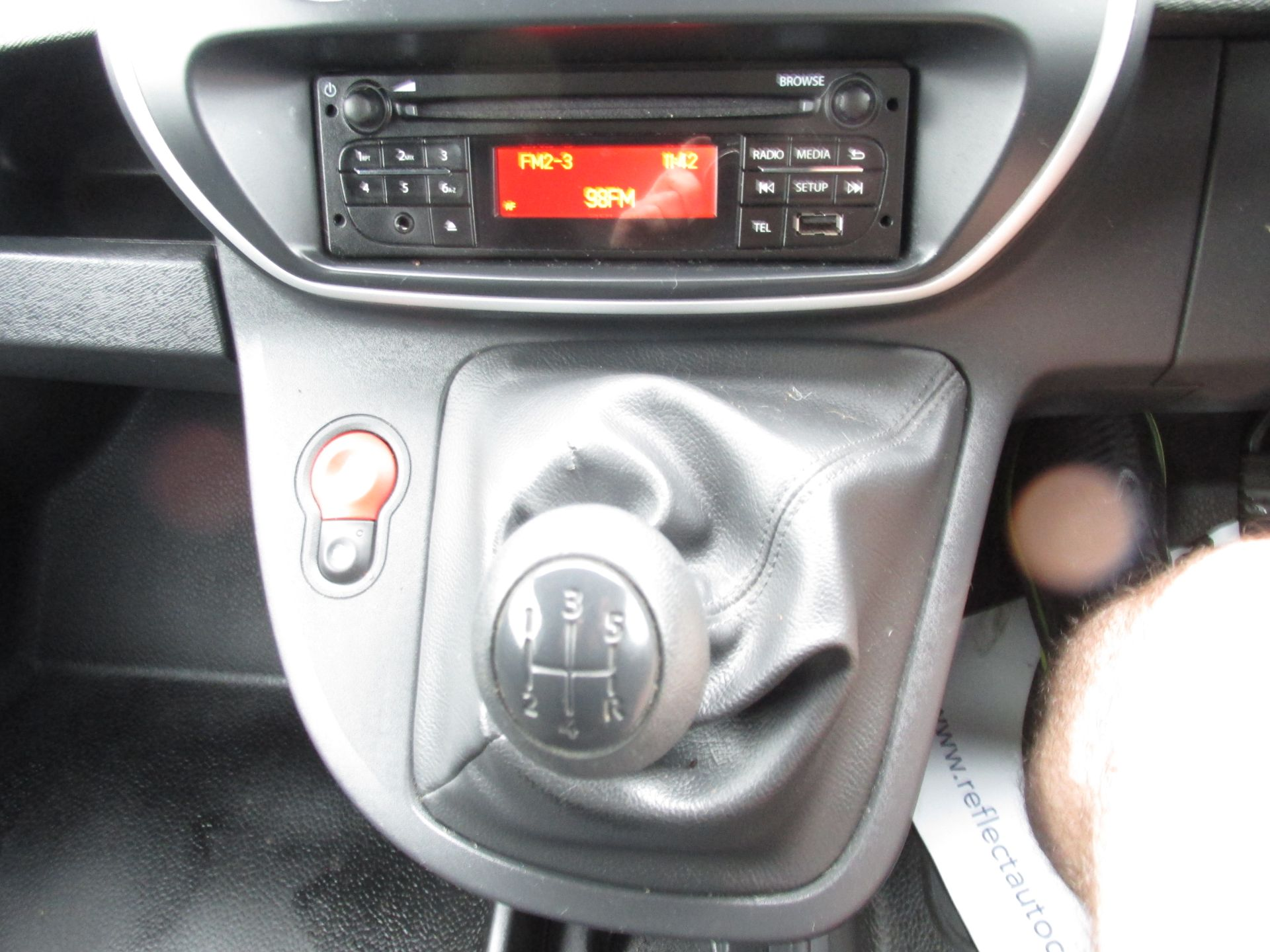 2017 Renault Kangoo ML19 Energy DCI 75 Business 2D click and collect call sales for more info (171D10568) Image 12