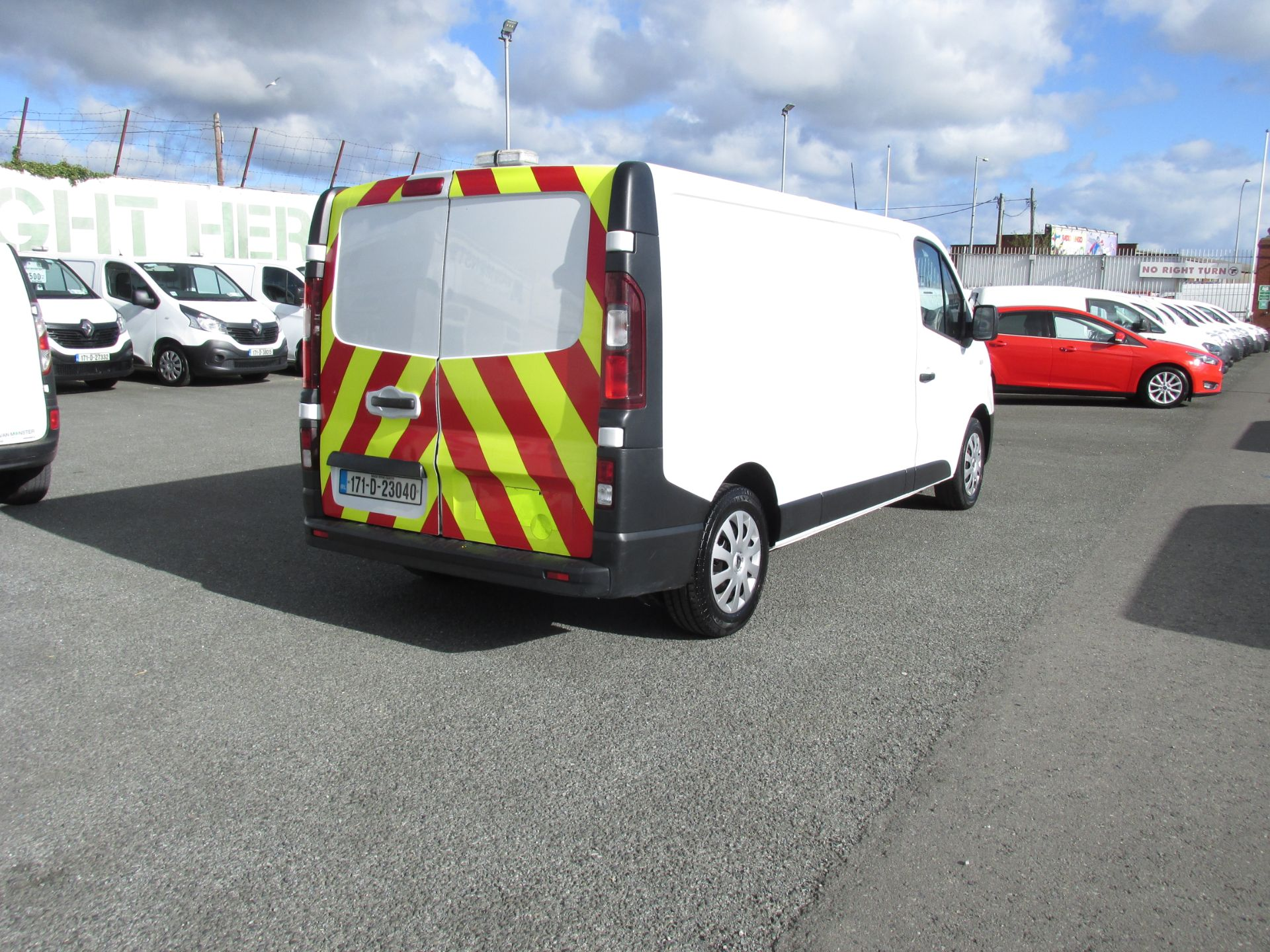 2017 Renault Trafic LL29 DCI 120 Business 3DR (171D23040) Image 7