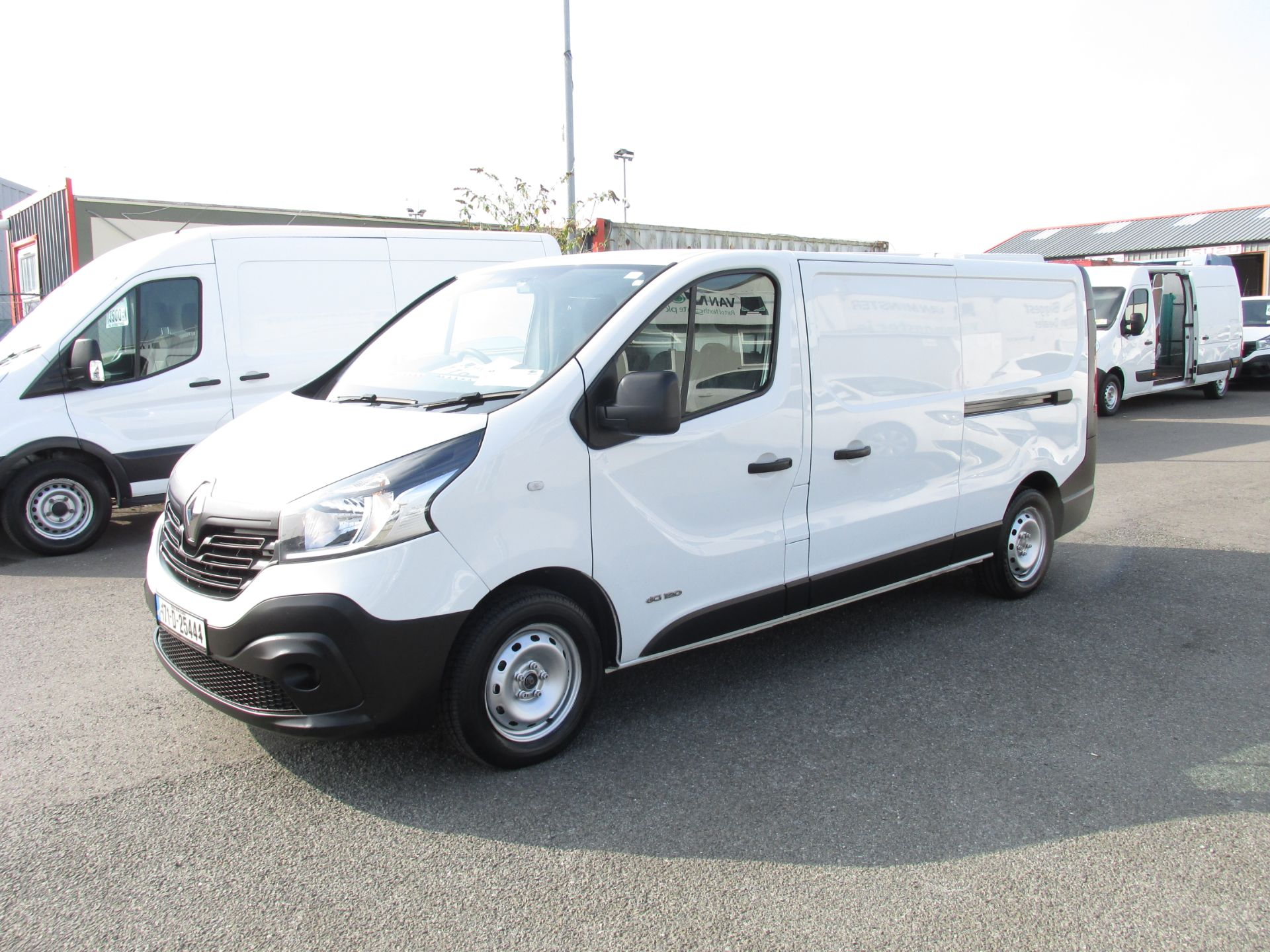 2017 Renault Trafic LL29 DCI 120 Business 3DR (171D25444) Image 3