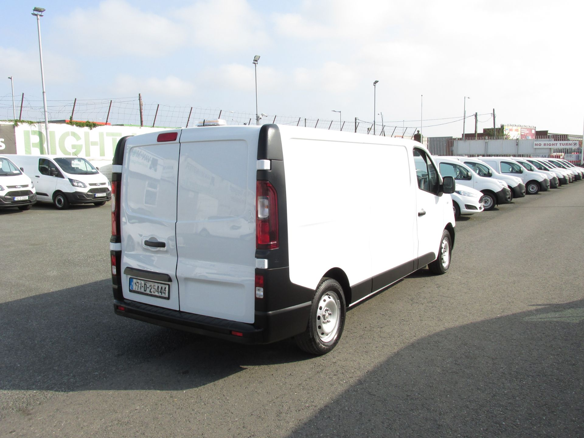 2017 Renault Trafic LL29 DCI 120 Business 3DR (171D25444) Image 6