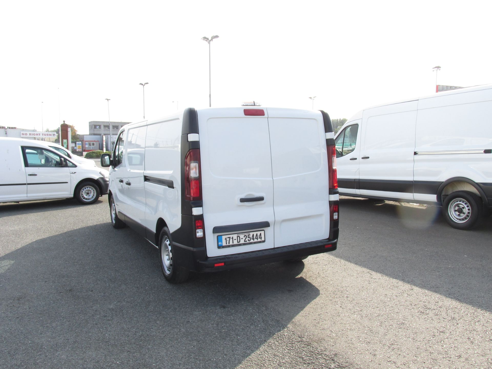 2017 Renault Trafic LL29 DCI 120 Business 3DR (171D25444) Image 5
