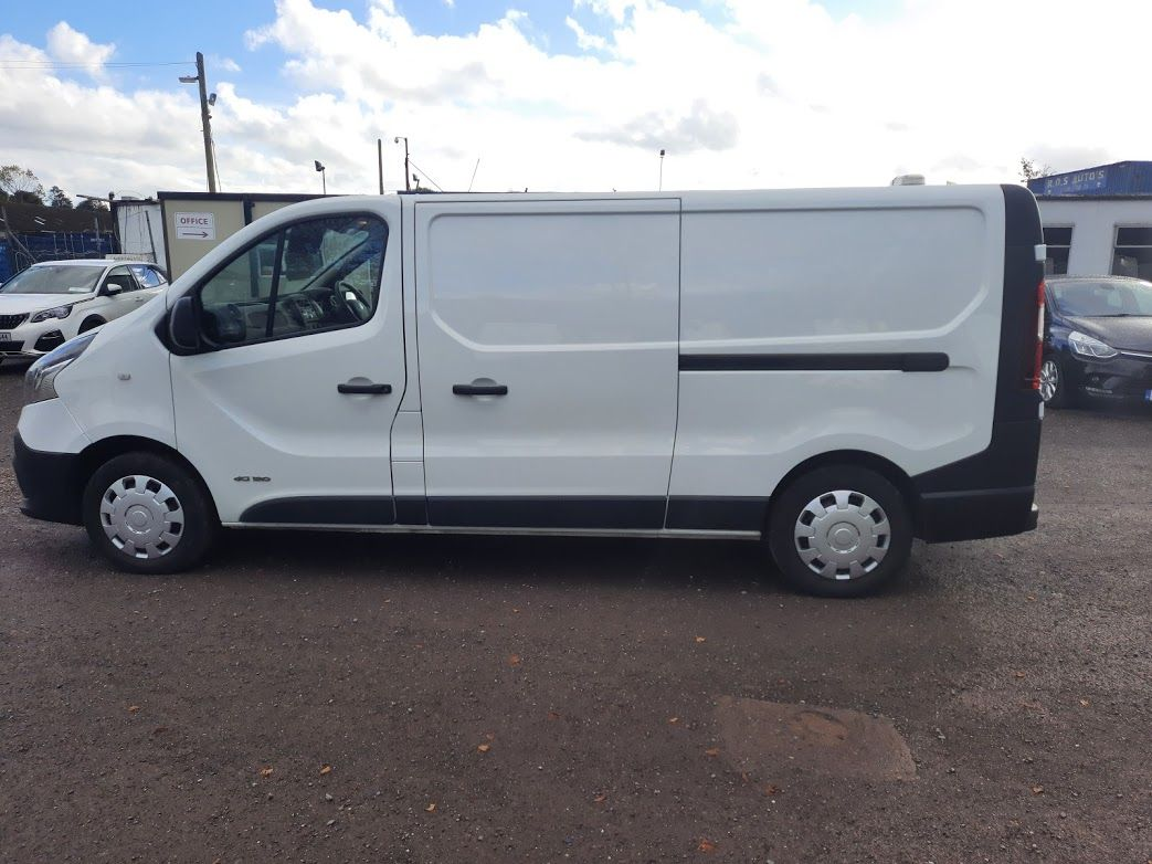 2017 Renault Trafic LL29 DCI 120 Business 3DR (171D25445) Image 14