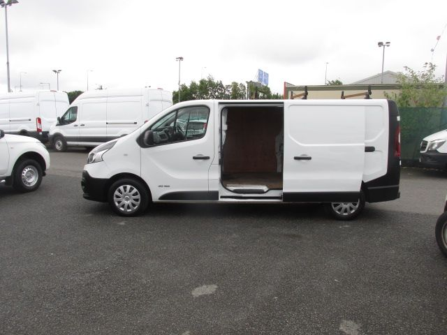 2017 Renault Trafic LL29 DCI 120 Business 3DR (171D25705) Image 6