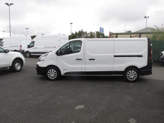 2017 Renault Trafic LL29 DCI 120 Business 3DR (171D25705) Image 3