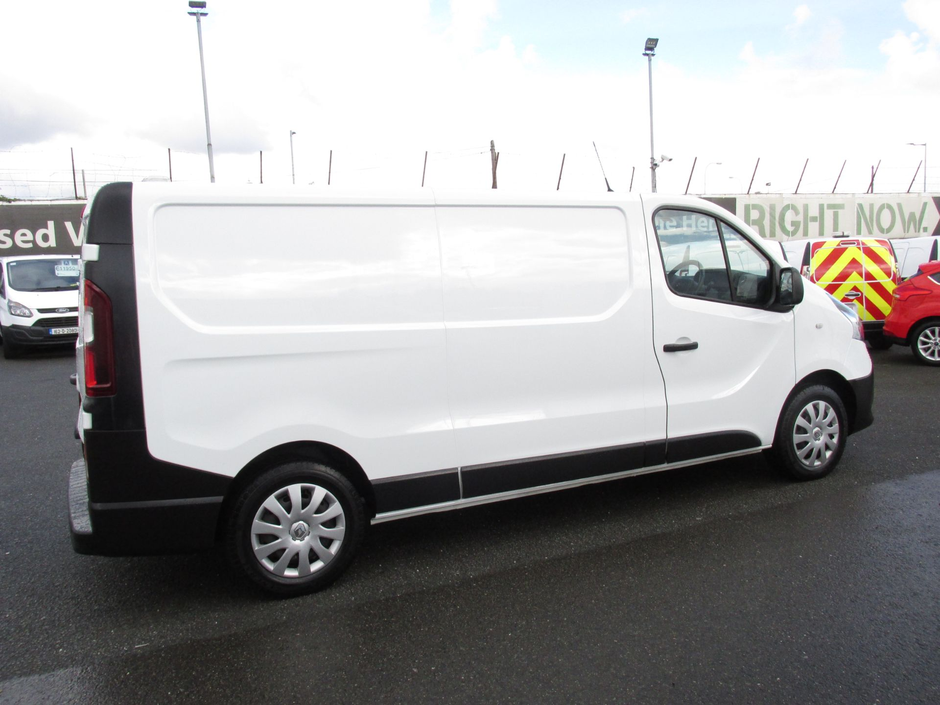 2017 Renault Trafic LL29 DCI 120 Business 3DR (171D25712) Image 8