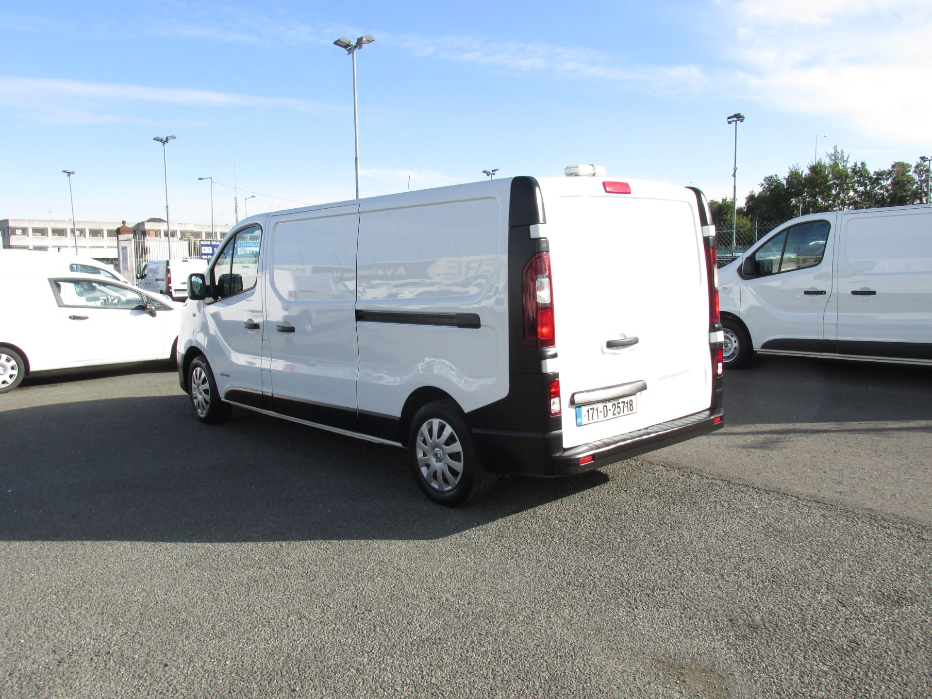 2017 Renault Trafic LL29 DCI 120 Business 3DR (171D25718) Image 5