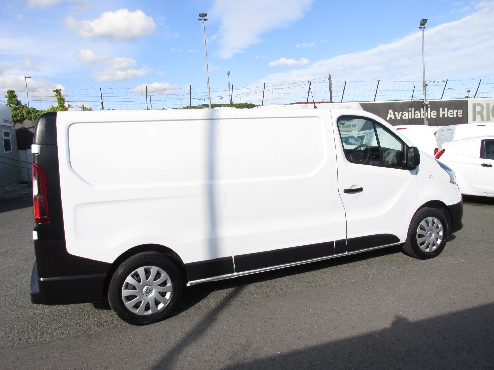 2017 Renault Trafic LL29 DCI 120 Business 3DR (171D25718) Image 8