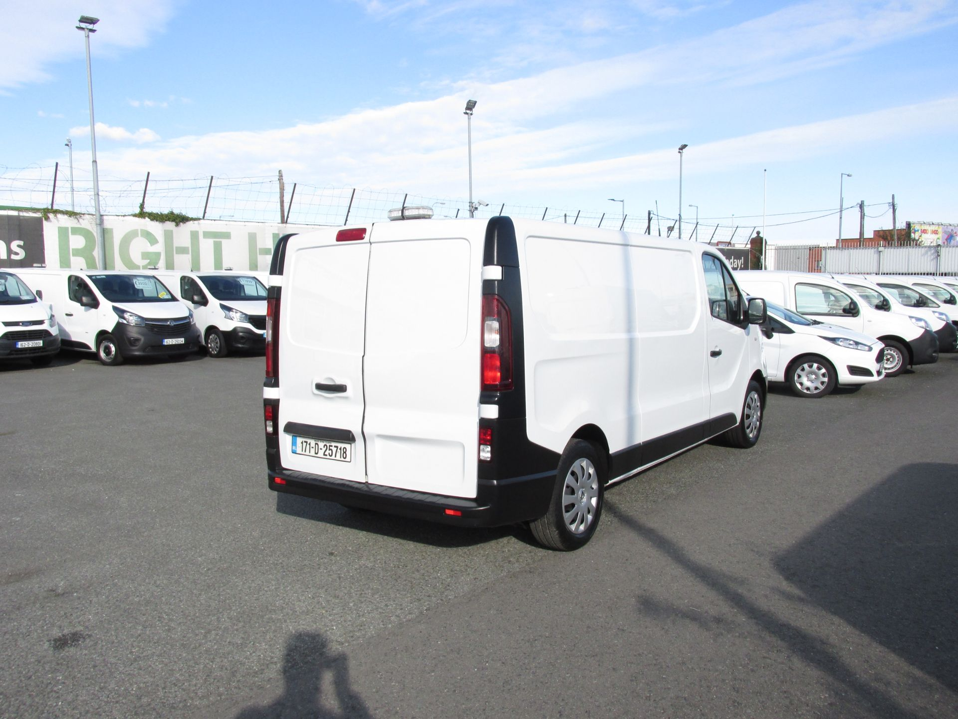 2017 Renault Trafic LL29 DCI 120 Business 3DR (171D25718) Image 7