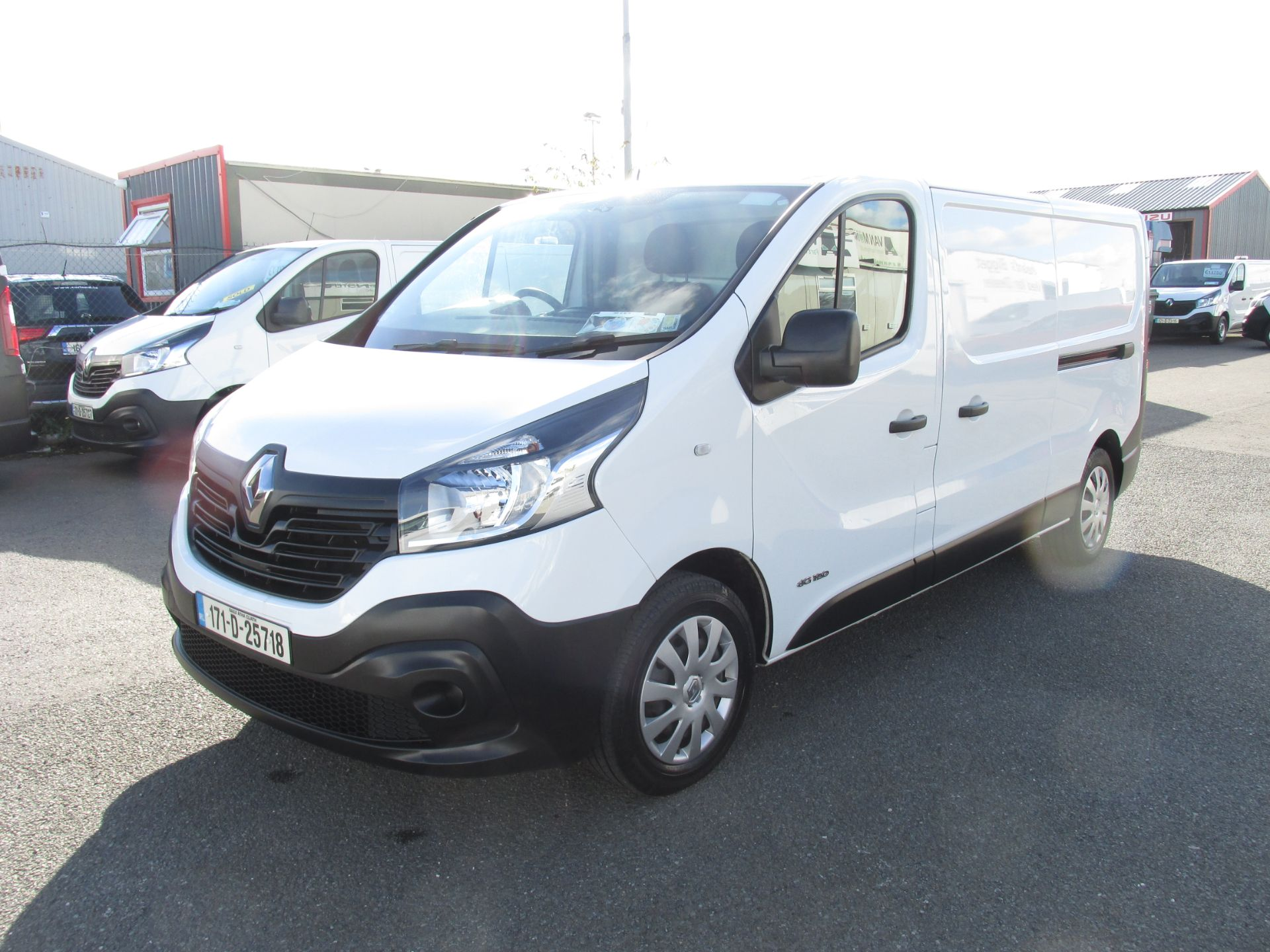 2017 Renault Trafic LL29 DCI 120 Business 3DR (171D25718) Image 3