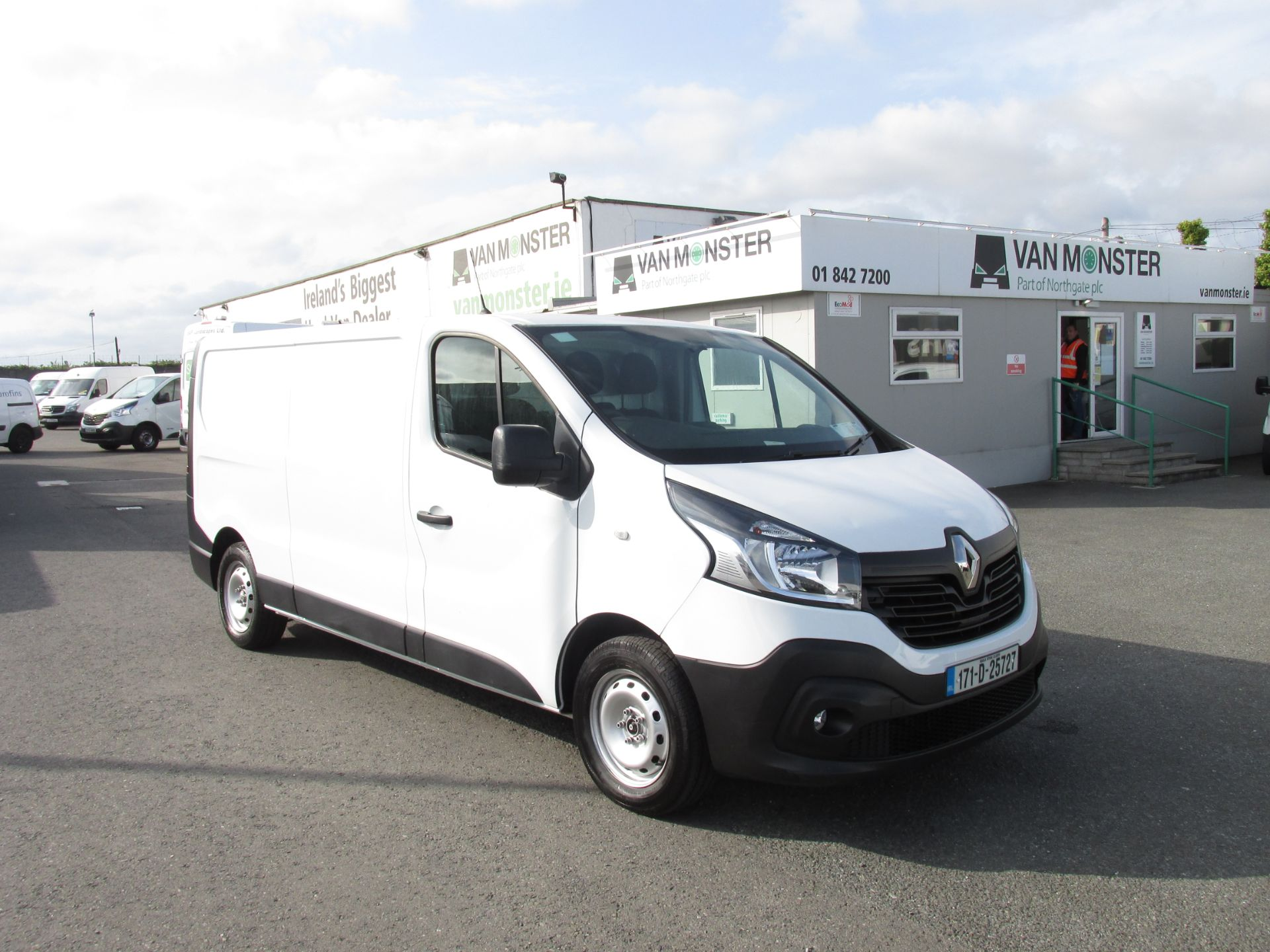 2017 Renault Trafic LL29 DCI 120 Business 3DR (171D25727) Image 1
