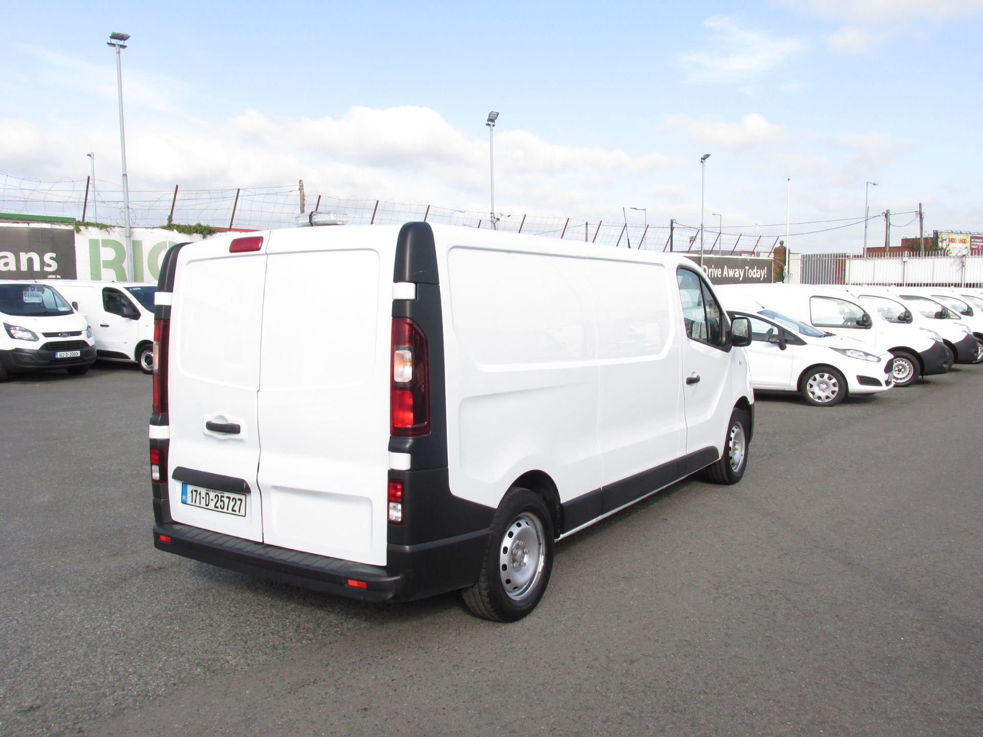 2017 Renault Trafic LL29 DCI 120 Business 3DR (171D25727) Image 7
