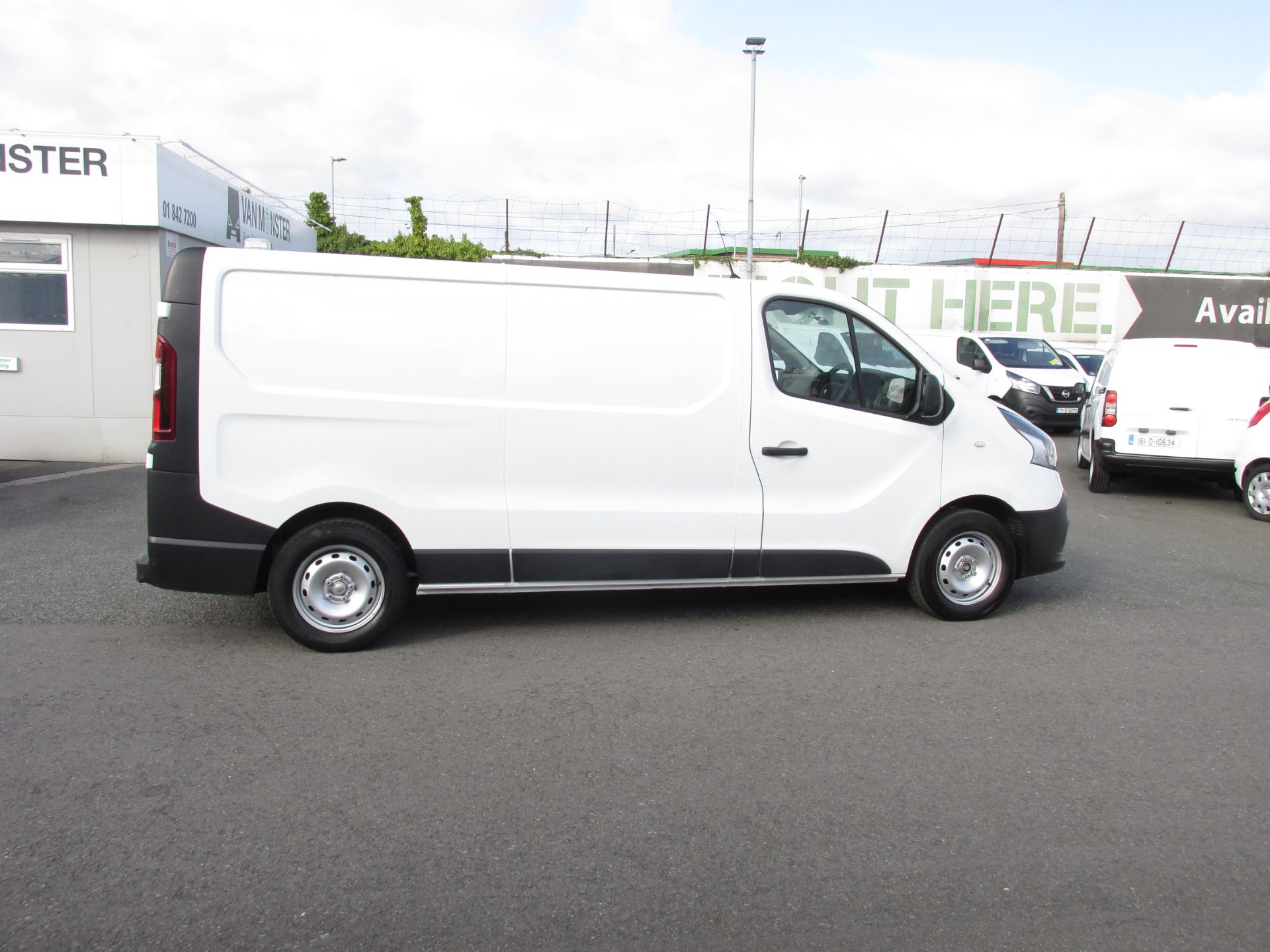 2017 Renault Trafic LL29 DCI 120 Business 3DR (171D25727) Image 8