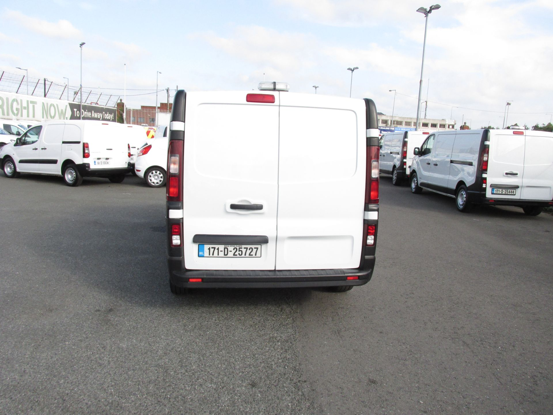 2017 Renault Trafic LL29 DCI 120 Business 3DR (171D25727) Image 6