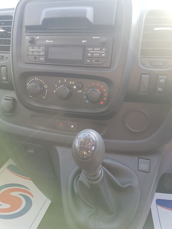2017 Nissan Nv300 LWB 120 XE 4DR (171D34771) Image 5