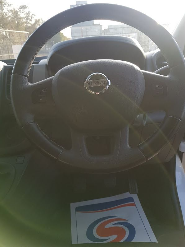 2017 Nissan Nv300 LWB 120 XE 4DR (171D34771) Image 6