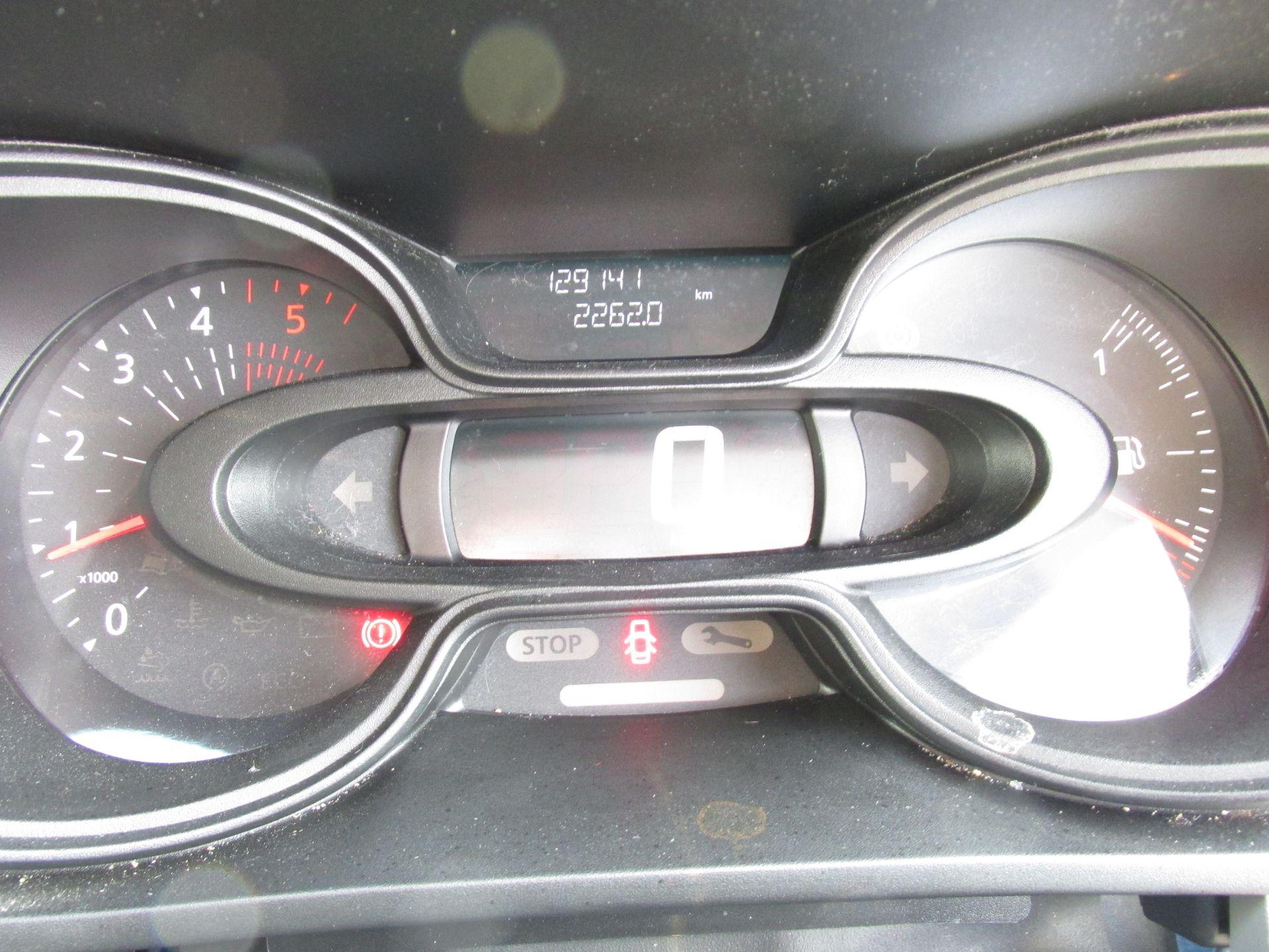 2017 Nissan Nv300 LWB 120 XE 4DR (171D34798) Image 14