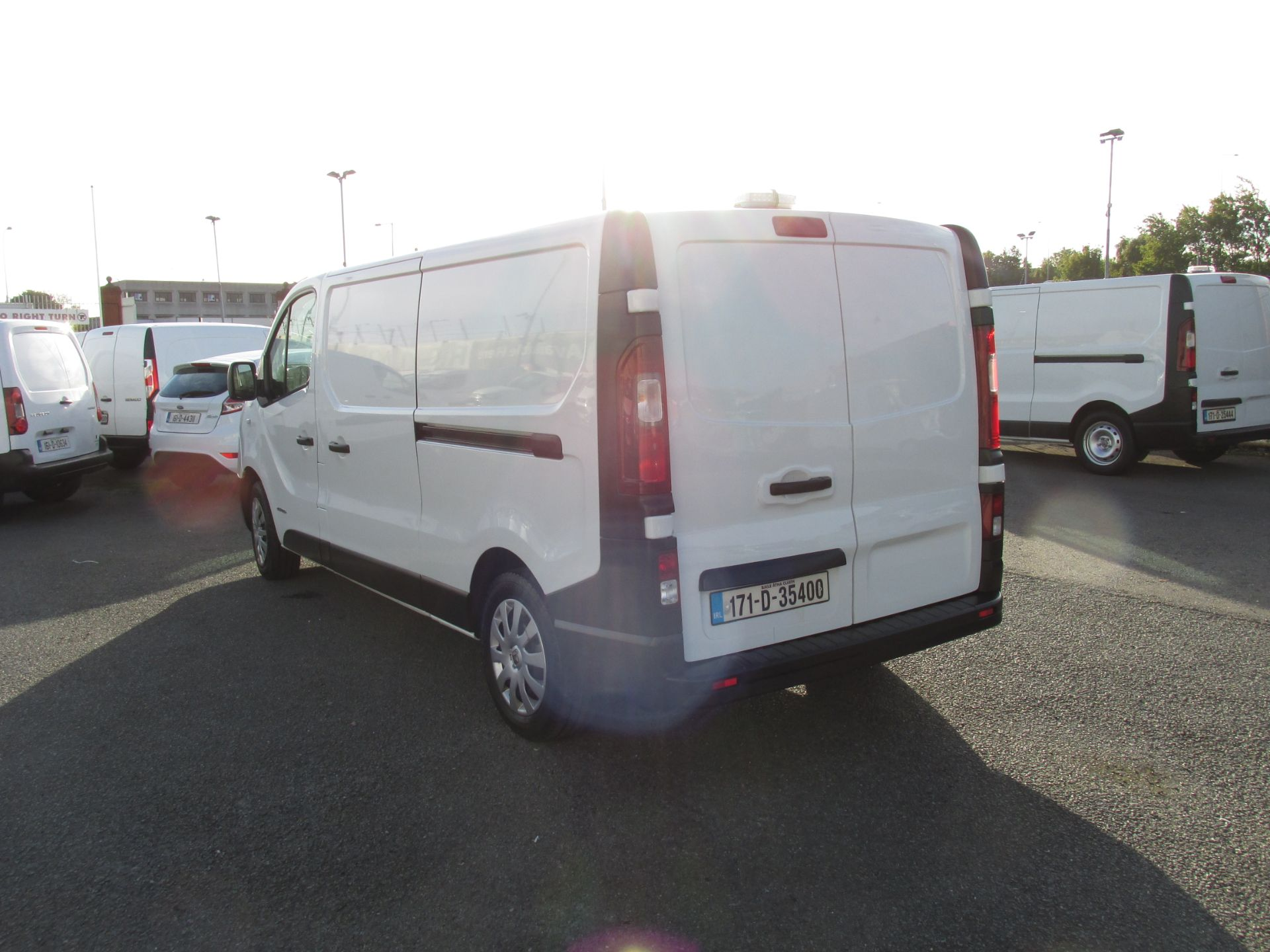 2017 Renault Trafic LL29 DCI 120 Business 3DR (171D35400) Image 5