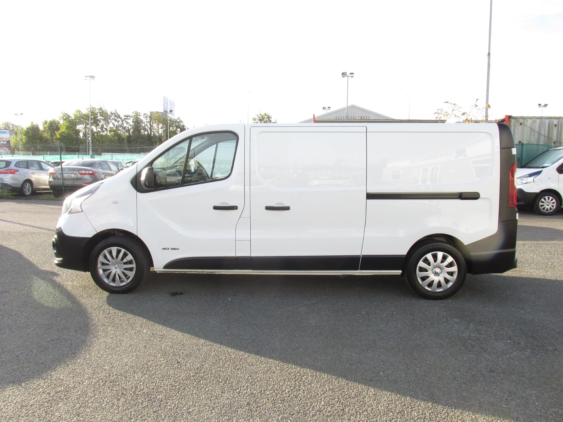 2017 Renault Trafic LL29 DCI 120 Business 3DR (171D35400) Image 4