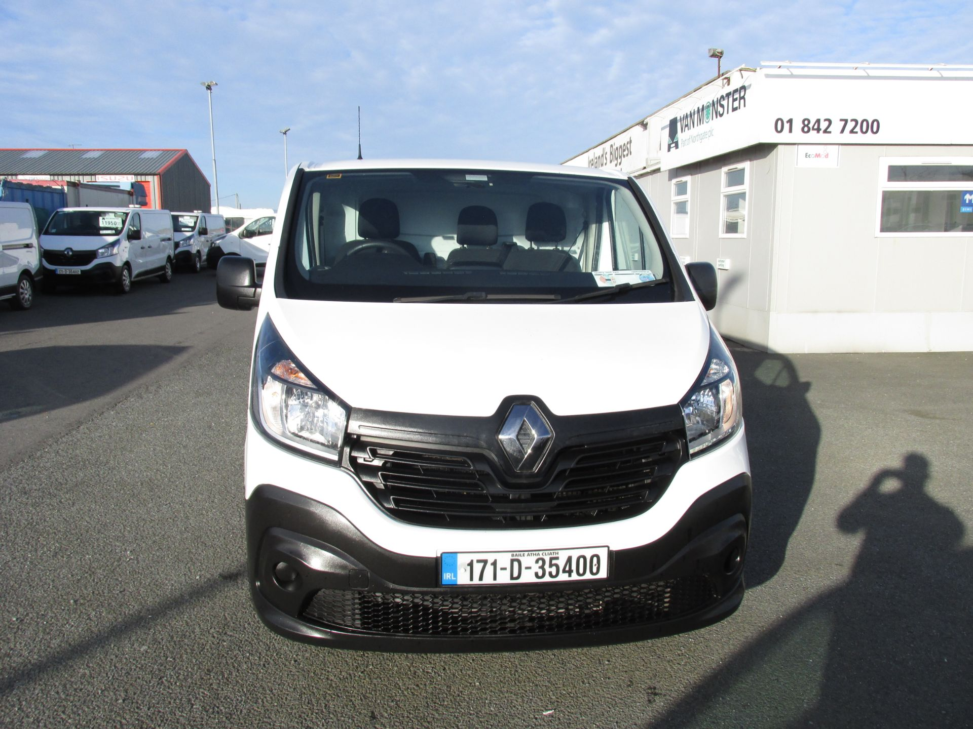 2017 Renault Trafic LL29 DCI 120 Business 3DR (171D35400) Image 2