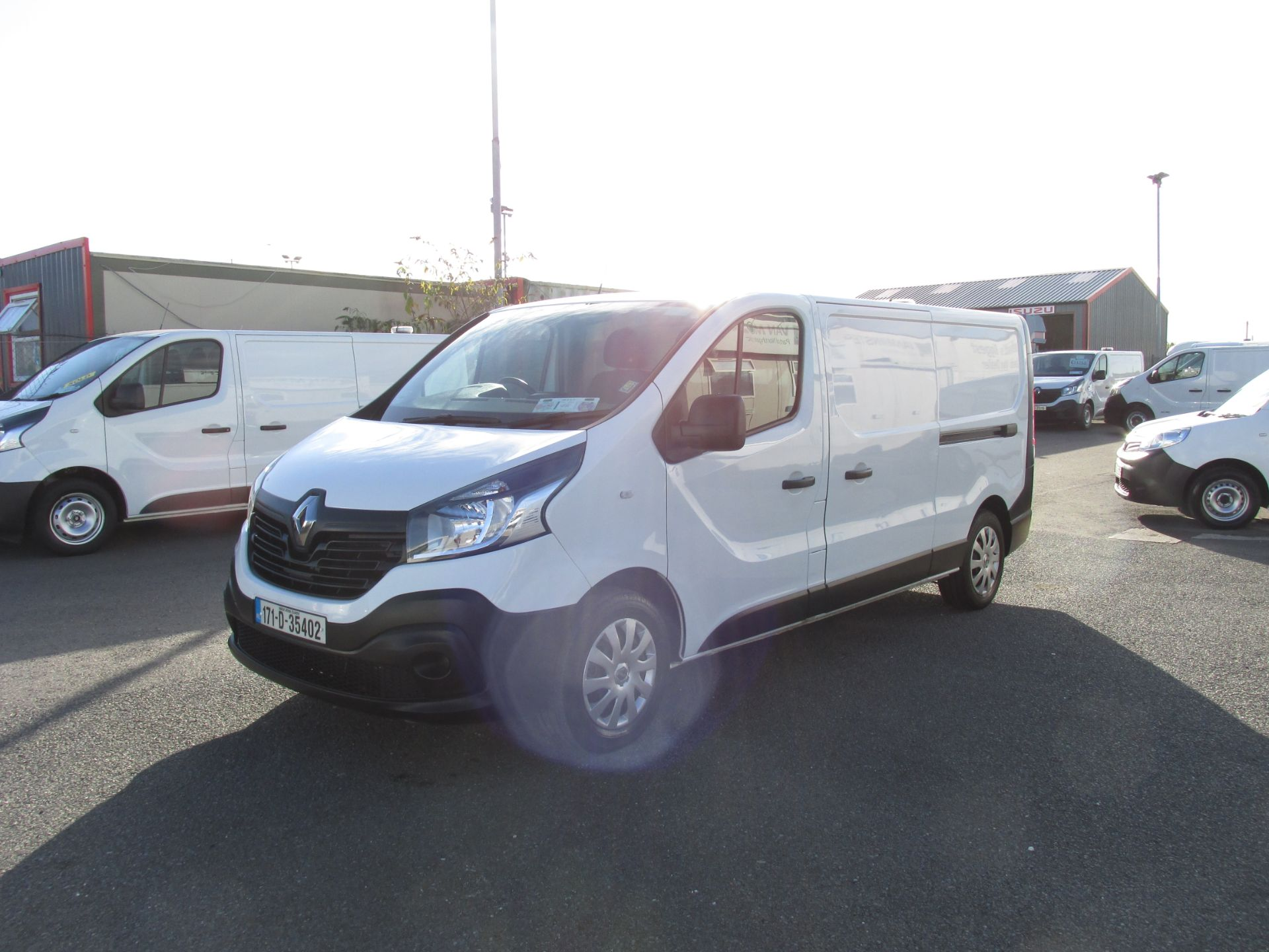 2017 Renault Trafic LL29 DCI 120 Business 3DR (171D35402) Image 3