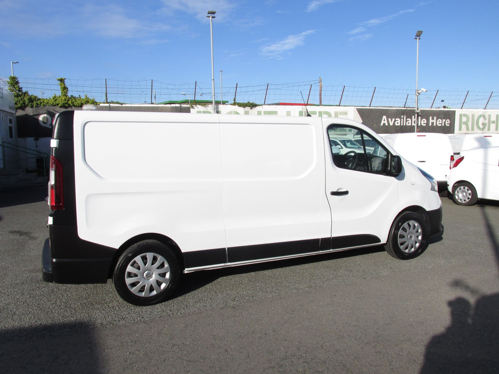 2017 Renault Trafic LL29 DCI 120 Business 3DR (171D35402) Image 8