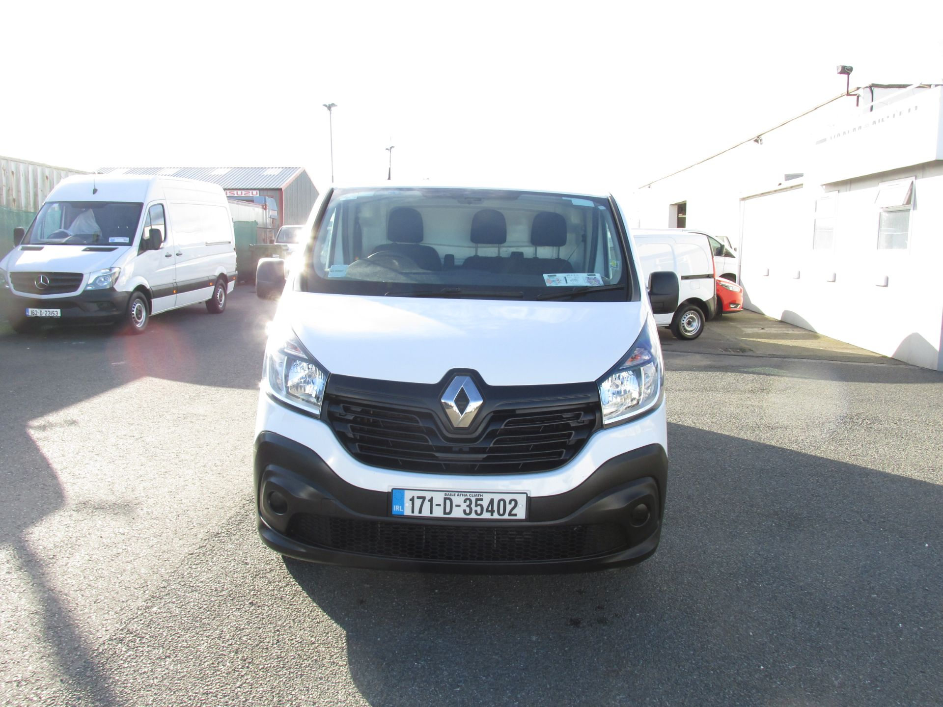 2017 Renault Trafic LL29 DCI 120 Business 3DR (171D35402) Image 2