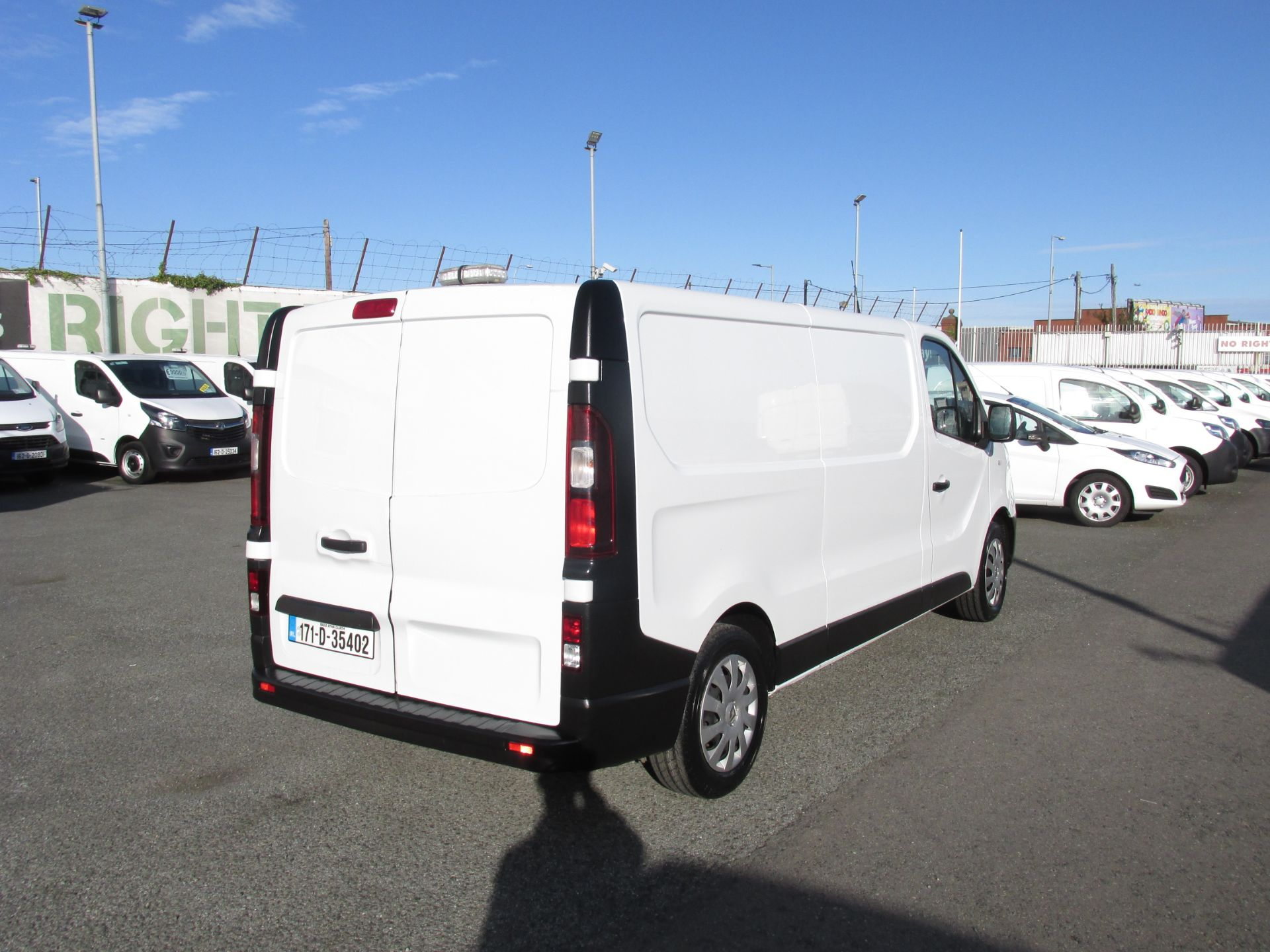 2017 Renault Trafic LL29 DCI 120 Business 3DR (171D35402) Image 7