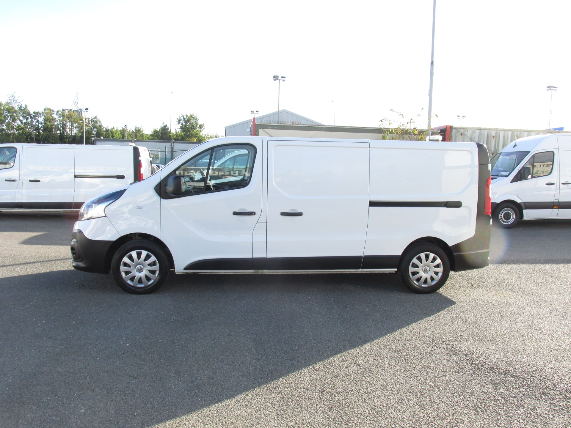 2017 Renault Trafic LL29 DCI 120 Business 3DR (171D35402) Image 4