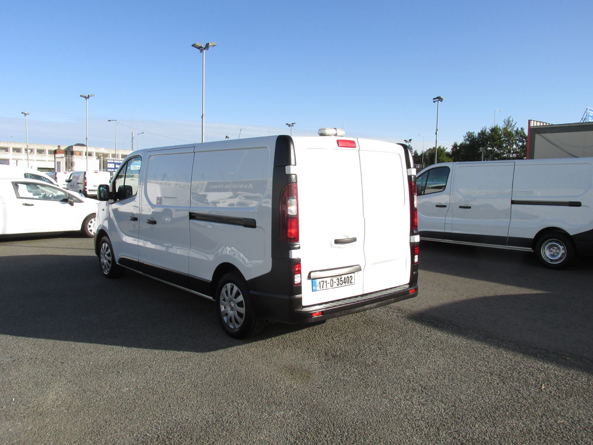 2017 Renault Trafic LL29 DCI 120 Business 3DR (171D35402) Image 5
