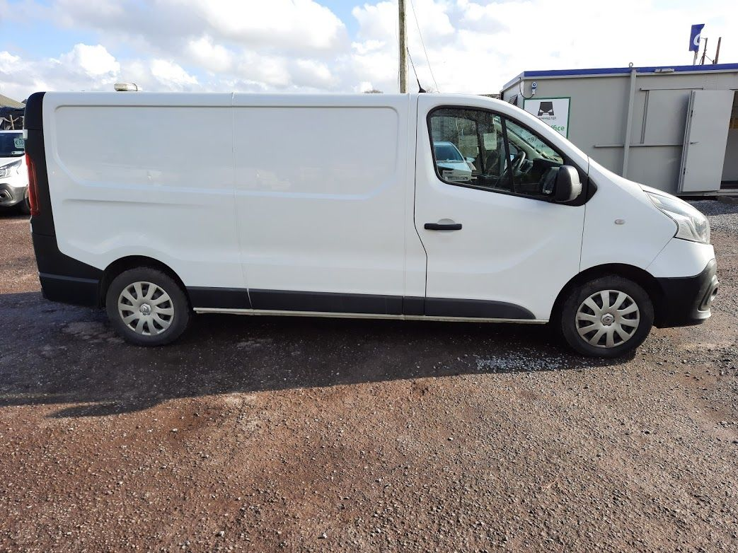 2017 Renault Trafic LL29 DCI 120 Business 3DR (171D38031) Image 9