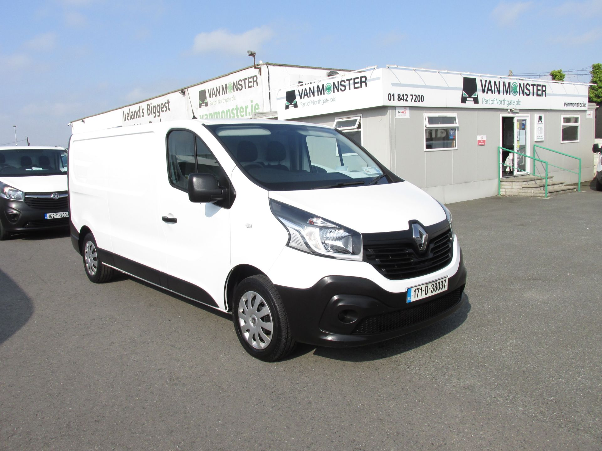 2017 Renault Trafic LL29 DCI 120 Business 3DR (171D38037)
