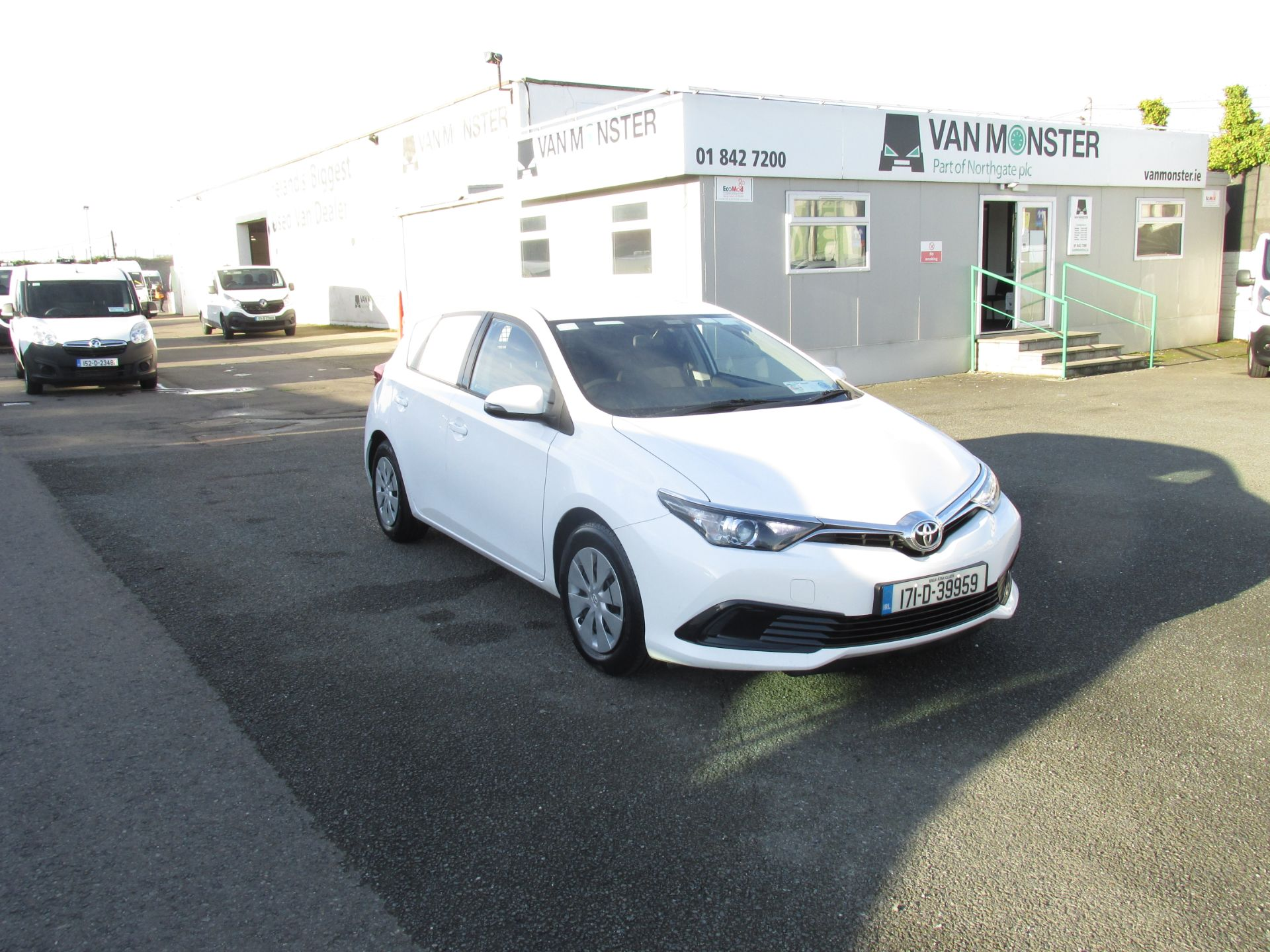 2017 Toyota Auris VAN 1.4 D4D Terra 4DR click and collect call sales for more info (171D39959) Image 1