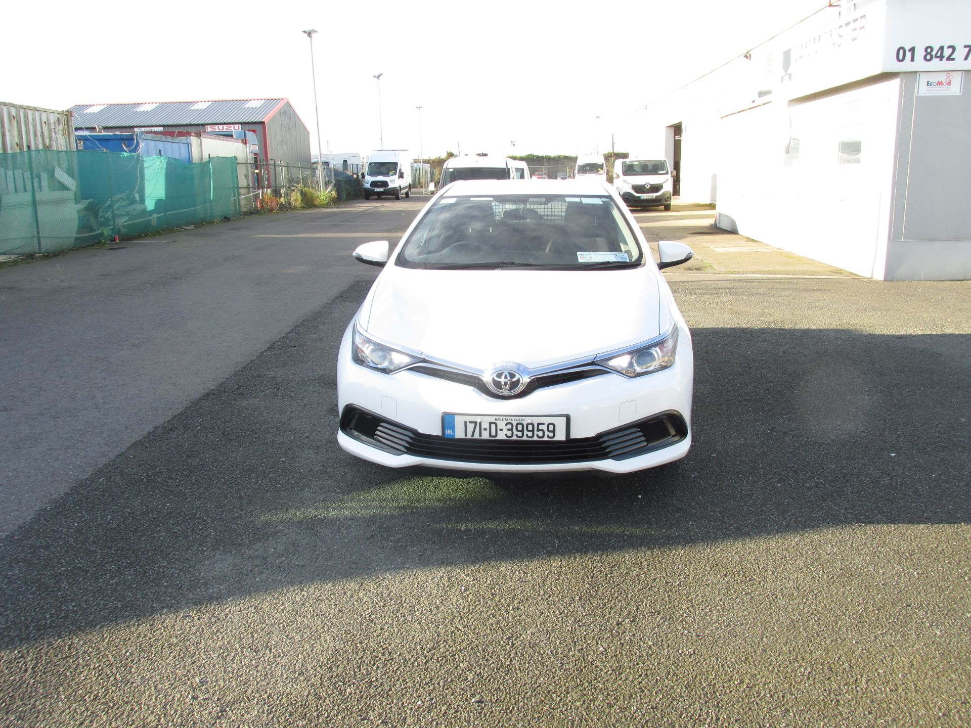 2017 Toyota Auris VAN 1.4 D4D Terra 4DR click and collect call sales for more info (171D39959) Image 2