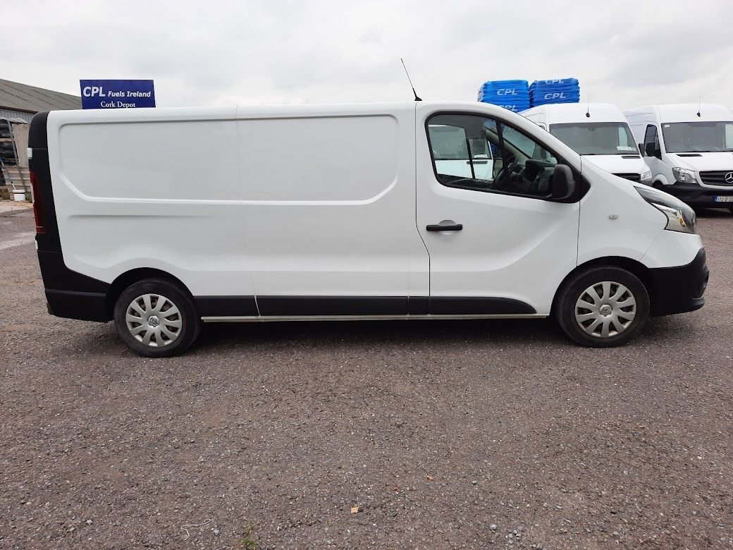 2017 Renault Trafic LL29 DCI 120 Business 3DR (171D44955) Image 9