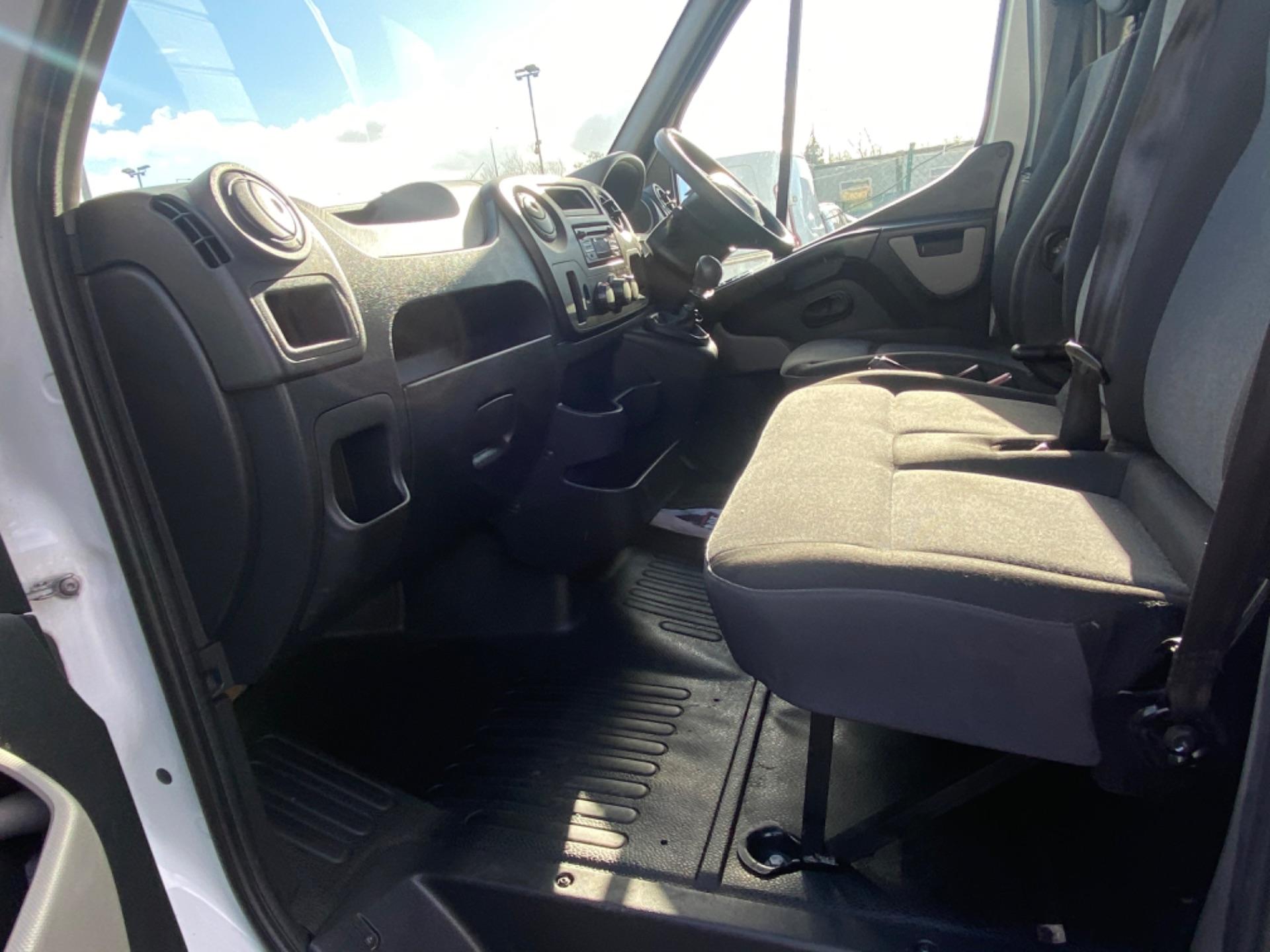 2017 Renault Master FWD LM35 DCI 125 Business 3DR (171D17814) Image 11