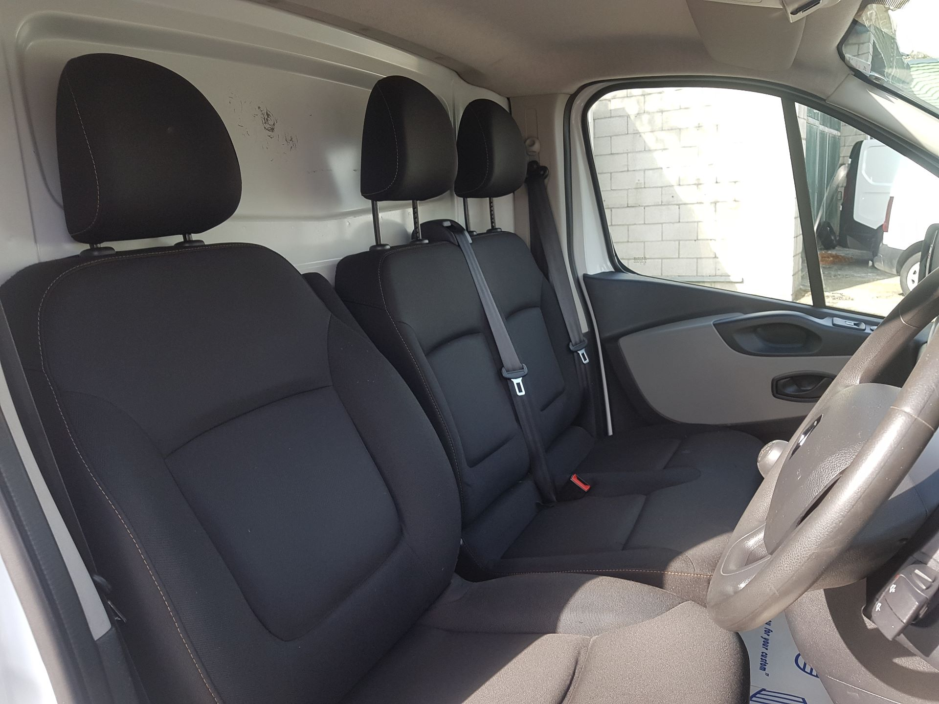 2017 Renault Trafic LL29 DCI 120 Business 3DR (171D22982) Image 10