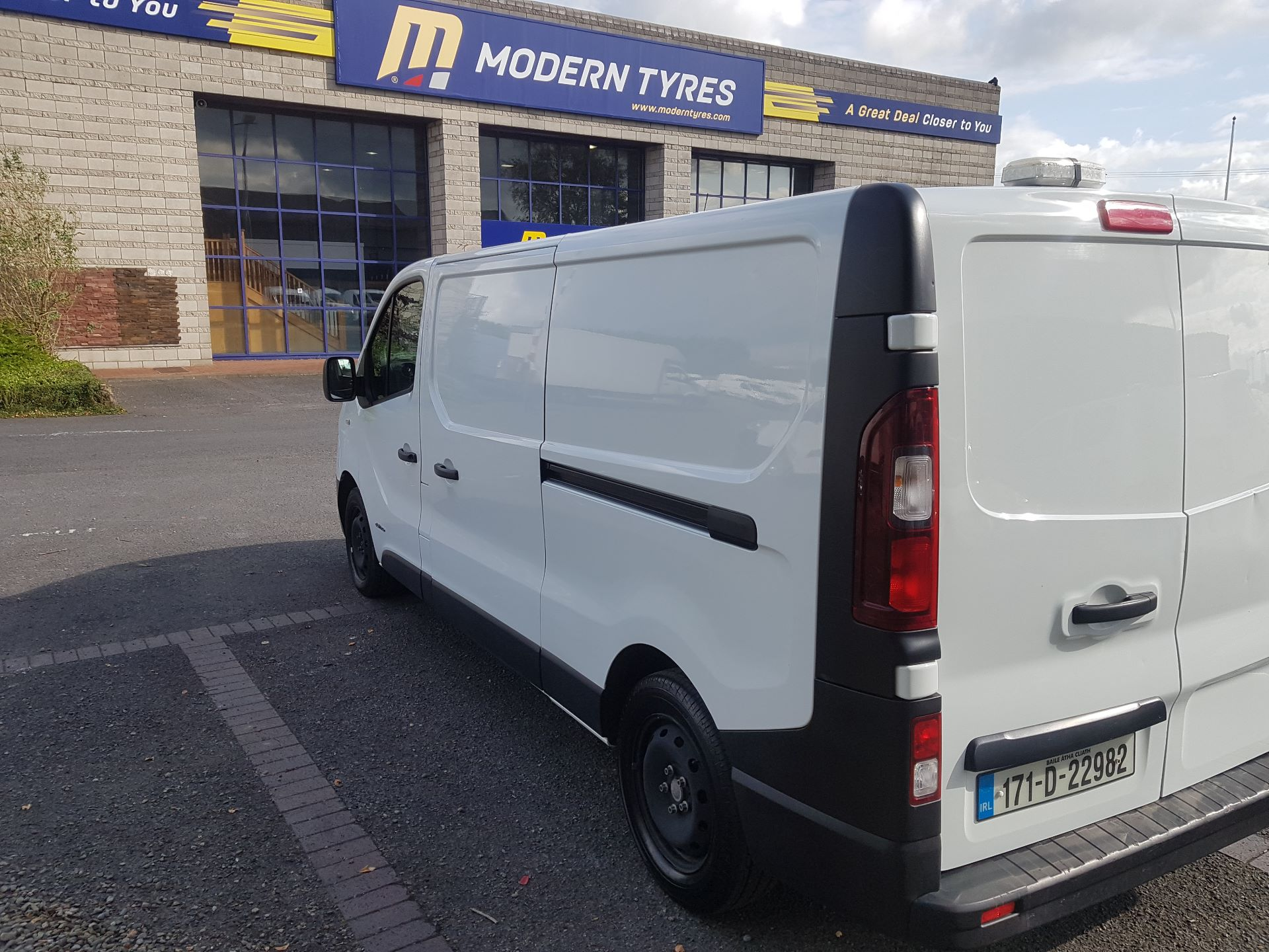 2017 Renault Trafic LL29 DCI 120 Business 3DR (171D22982) Image 4