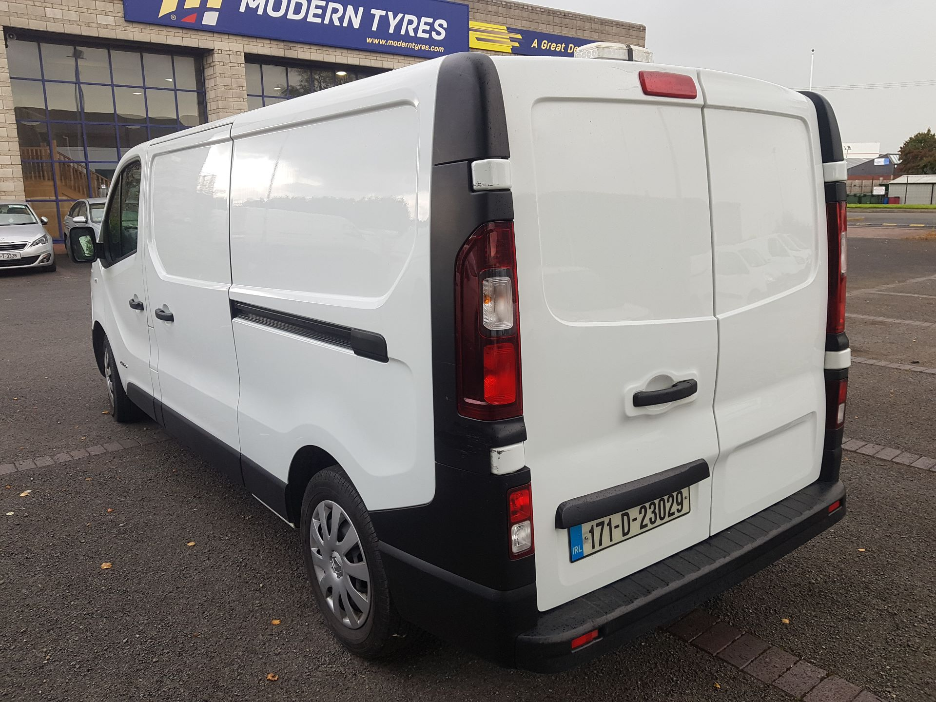 2017 Renault Trafic LL29 DCI 120 Business 3DR (171D23029) Image 5