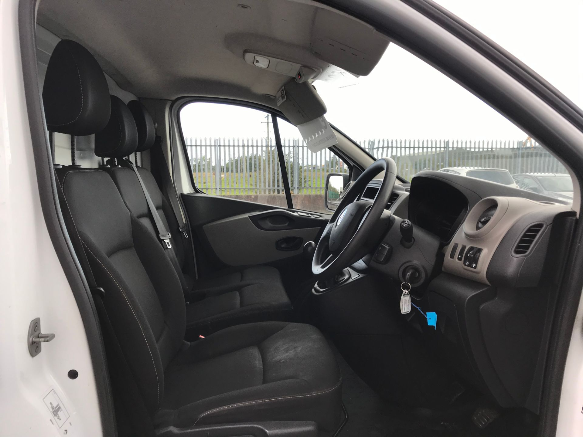 2017 Renault Trafic LL29 DCI 120 Business 3DR (171D25450) Image 12