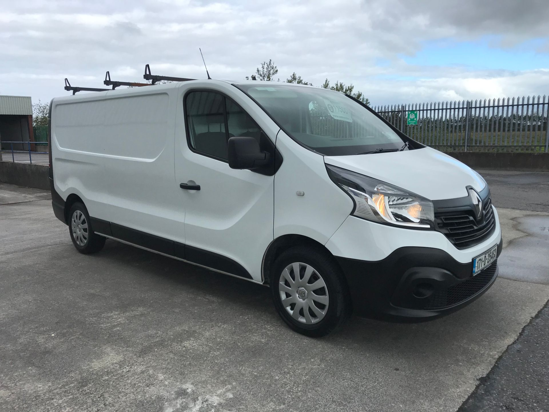 2017 Renault Trafic LL29 DCI 120 Business 3DR (171D25450) Image 3