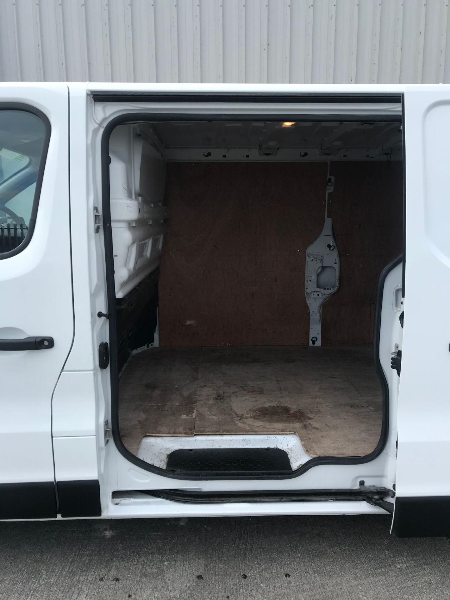 2017 Renault Trafic LL29 DCI 120 Business 3DR (171D25703) Image 10