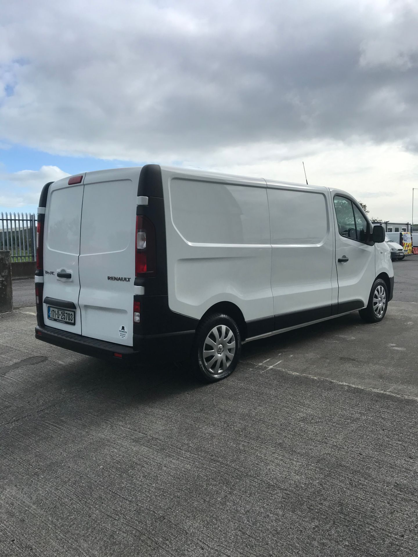 2017 Renault Trafic LL29 DCI 120 Business 3DR (171D25703) Image 4