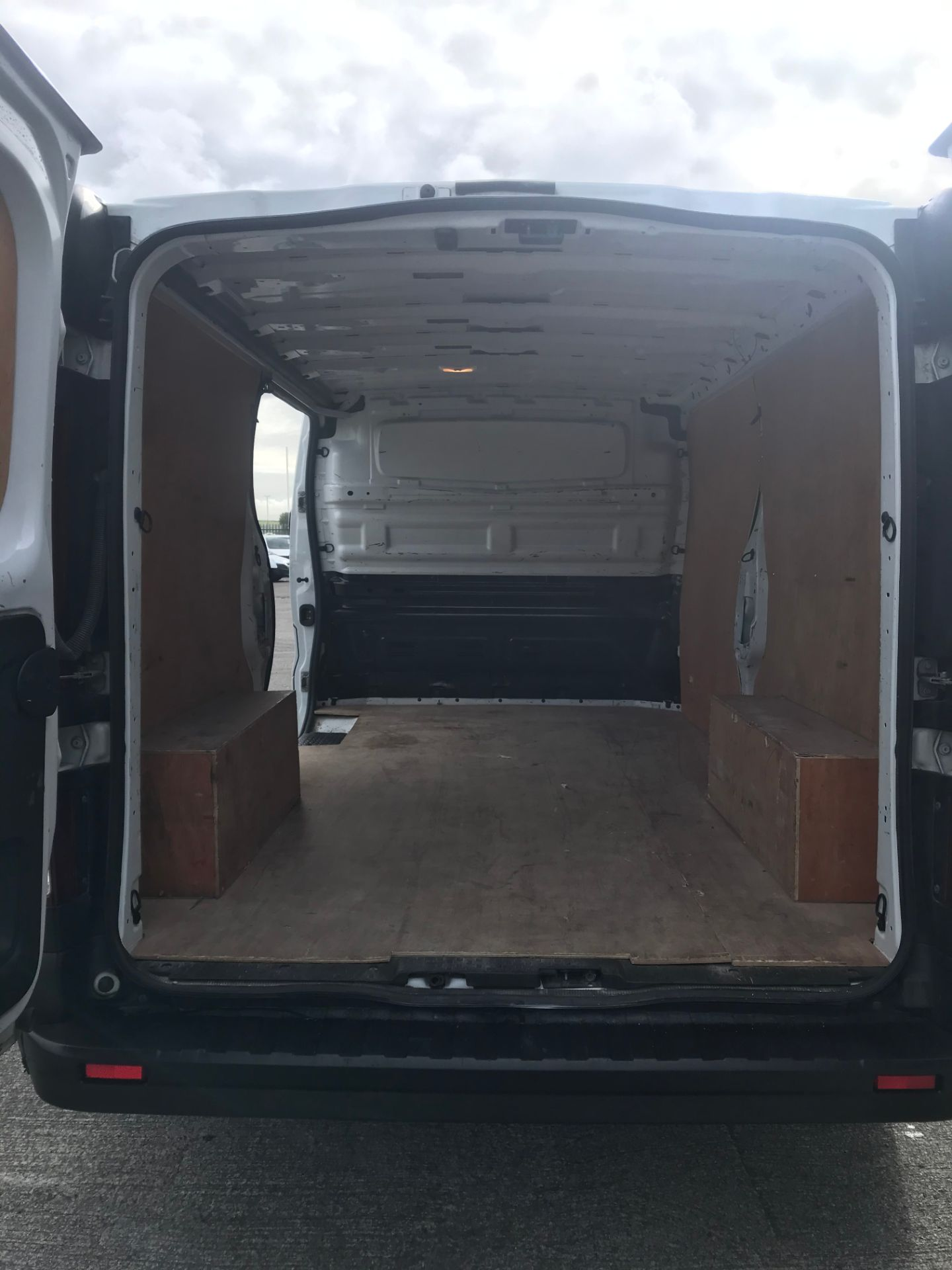 2017 Renault Trafic LL29 DCI 120 Business 3DR (171D25703) Image 9
