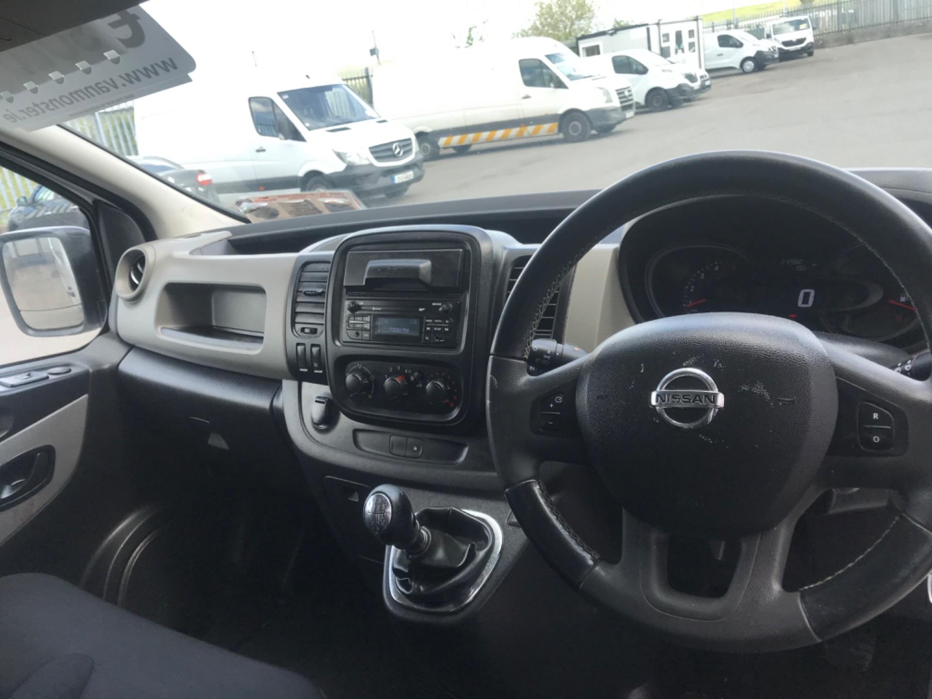 2017 Nissan Nv300 LWB 120 XE 4DR (171D34767) Image 13