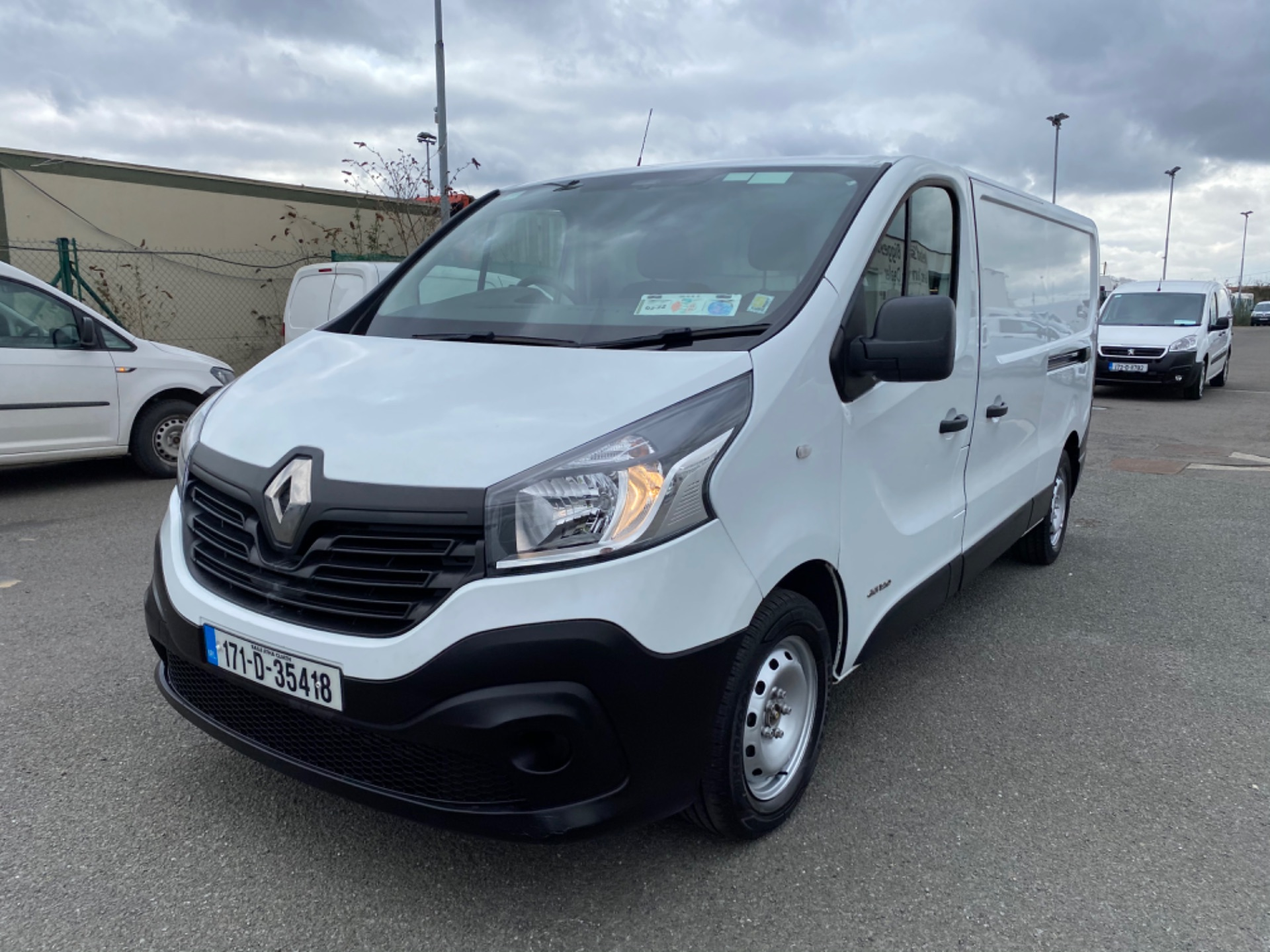 2017 Renault Trafic LL29 DCI 120 Business 3DR (171D35418) Image 3