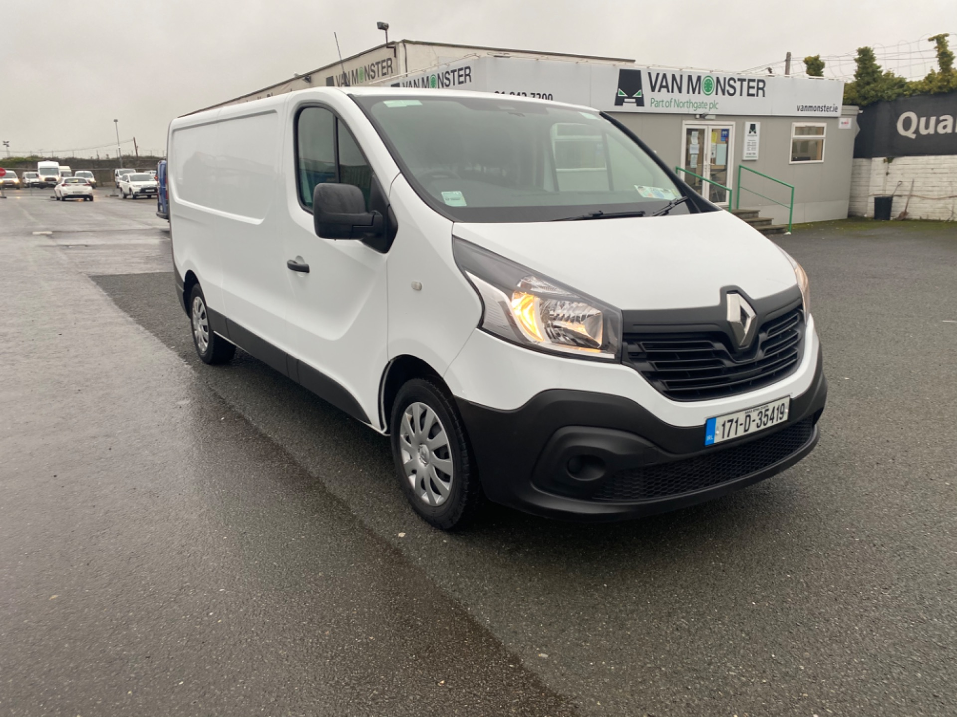 2017 Renault Trafic LL29 DCI 120 BUSINESS 3DR (171D35419) Image 1