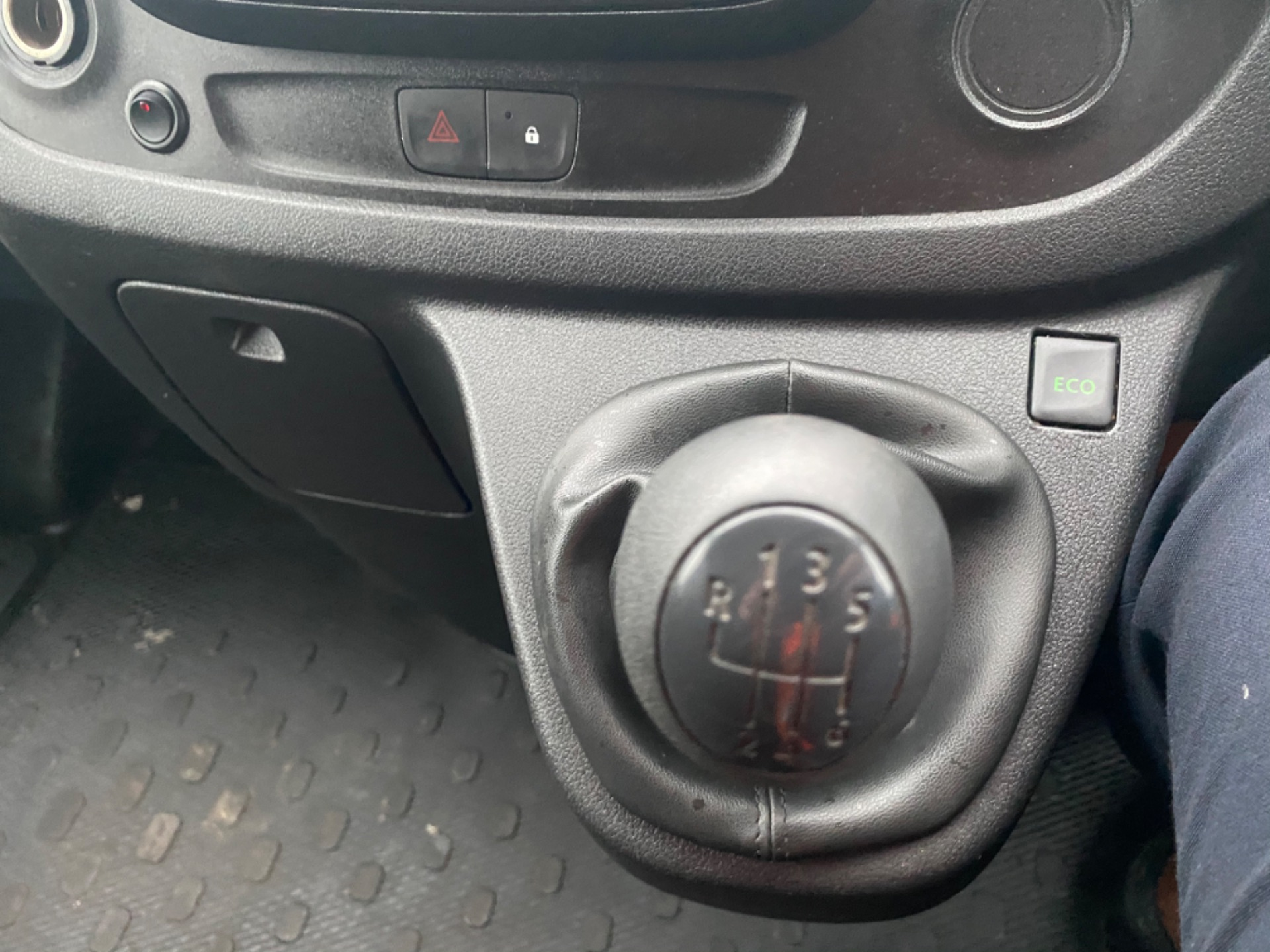 2017 Renault Trafic LL29 DCI 120 BUSINESS 3DR (171D35419) Image 13